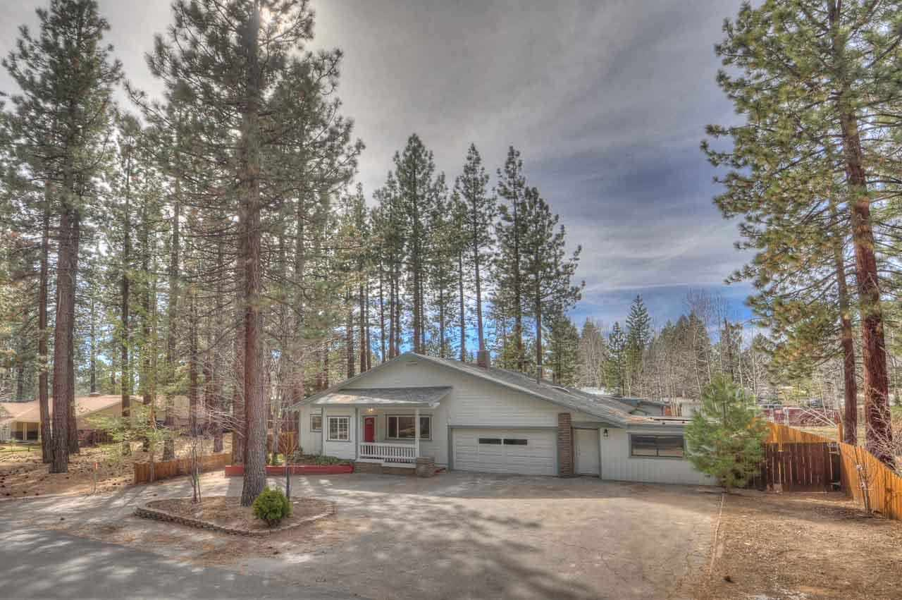 Single Family Home for Active at 192 Pine Ridge Drive 192 Pine Ridge Drive Stateline, Nevada 89449 United States