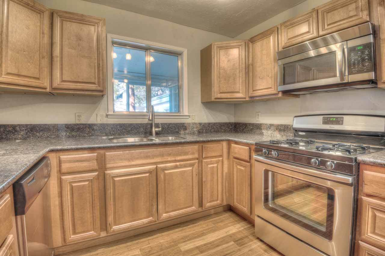 Additional photo for property listing at 192 Pine Ridge Drive  Stateline, Nevada 89449 United States