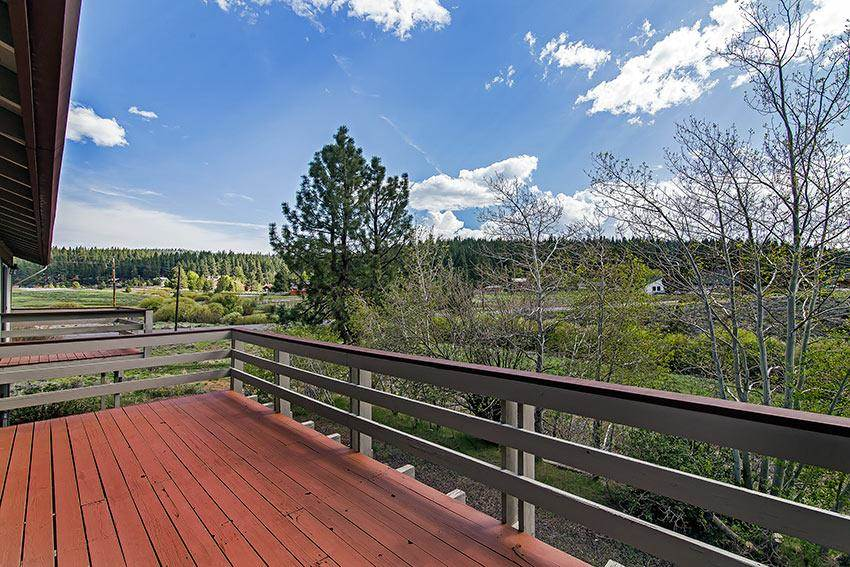 Single Family Home for Active at 10268 Manchester Drive 10268 Manchester Drive Truckee, California 96161 United States