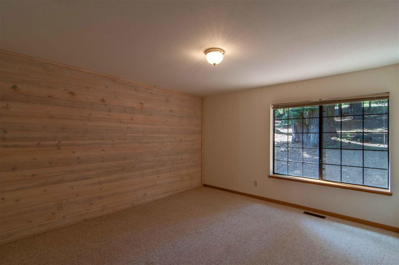 Additional photo for property listing at 14649 Copenhagen Drive  Truckee, California 96161 United States