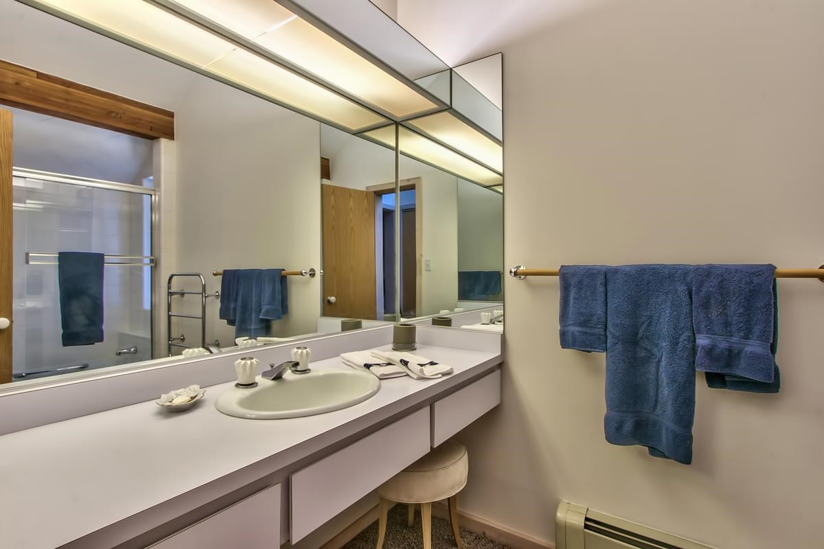 Additional photo for property listing at 739 Champagne Road  Incline Village, 内华达州 89451 美国