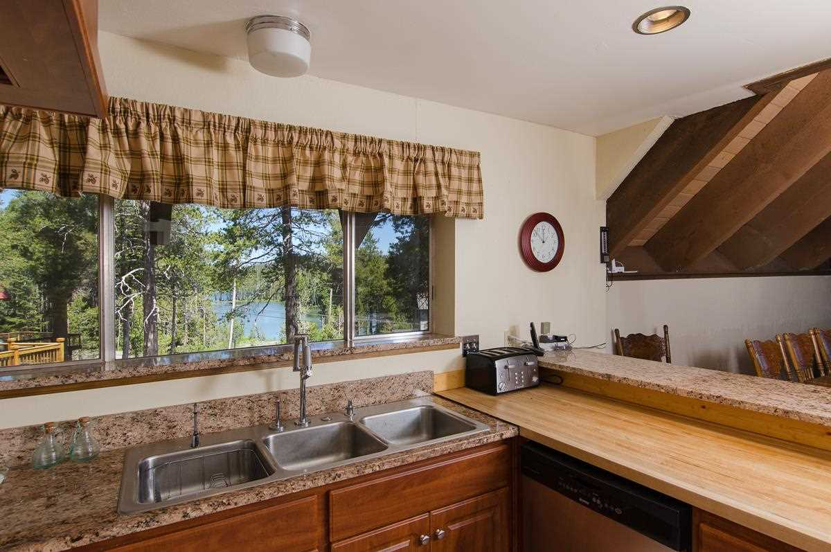 Additional photo for property listing at 1083 Serene Road  Soda Springs, California 95728 Estados Unidos