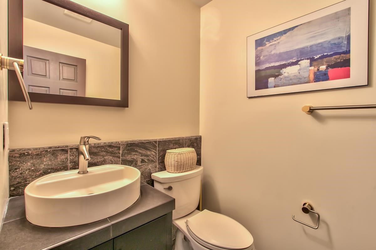 Additional photo for property listing at 146 Skyland Way 146 Skyland Way Tahoe City, California 96145 United States