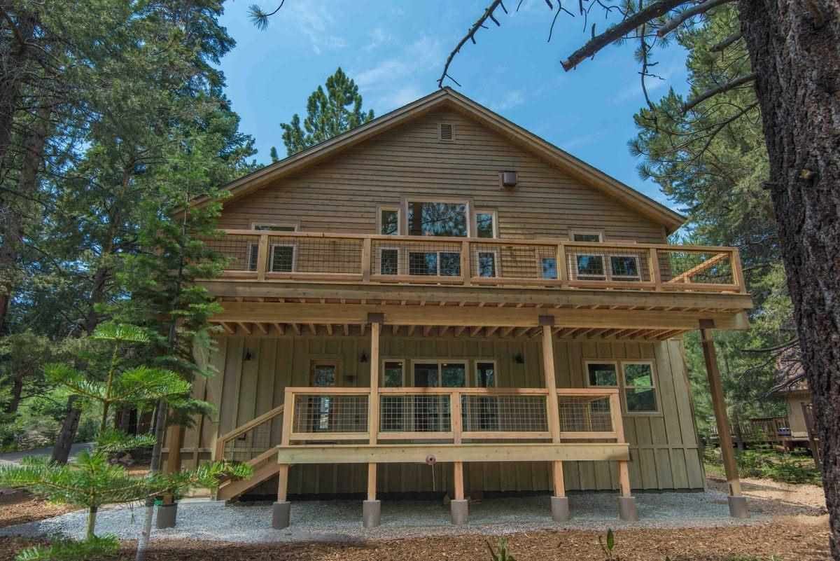 Additional photo for property listing at 14670 Northwoods Boulevard  Truckee, California 96161 Estados Unidos