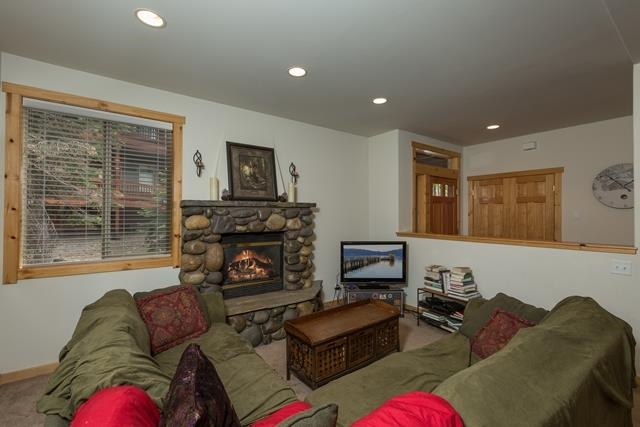 Additional photo for property listing at 12709 Hidden Circle 12709 Hidden Circle Truckee, California 96161 United States