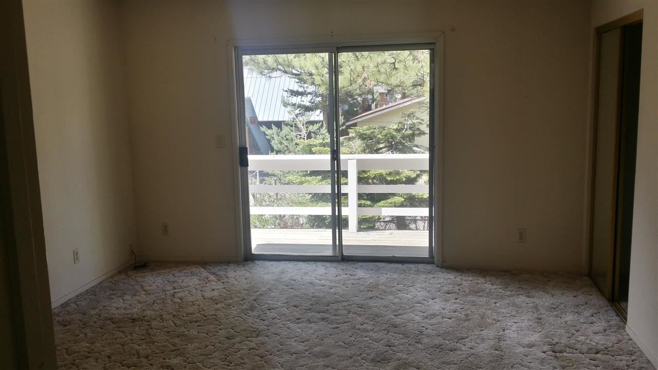 Additional photo for property listing at 3101 Fresno Avenue 3101 Fresno Avenue South Lake Tahoe, California 96150 United States