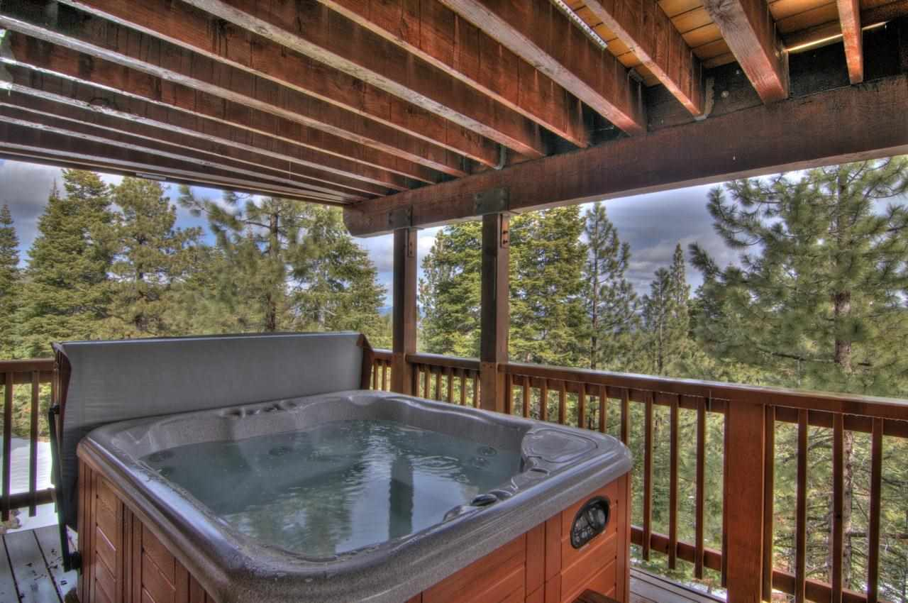 Additional photo for property listing at 12684 Muhlebach Way  Truckee, California 96161 United States