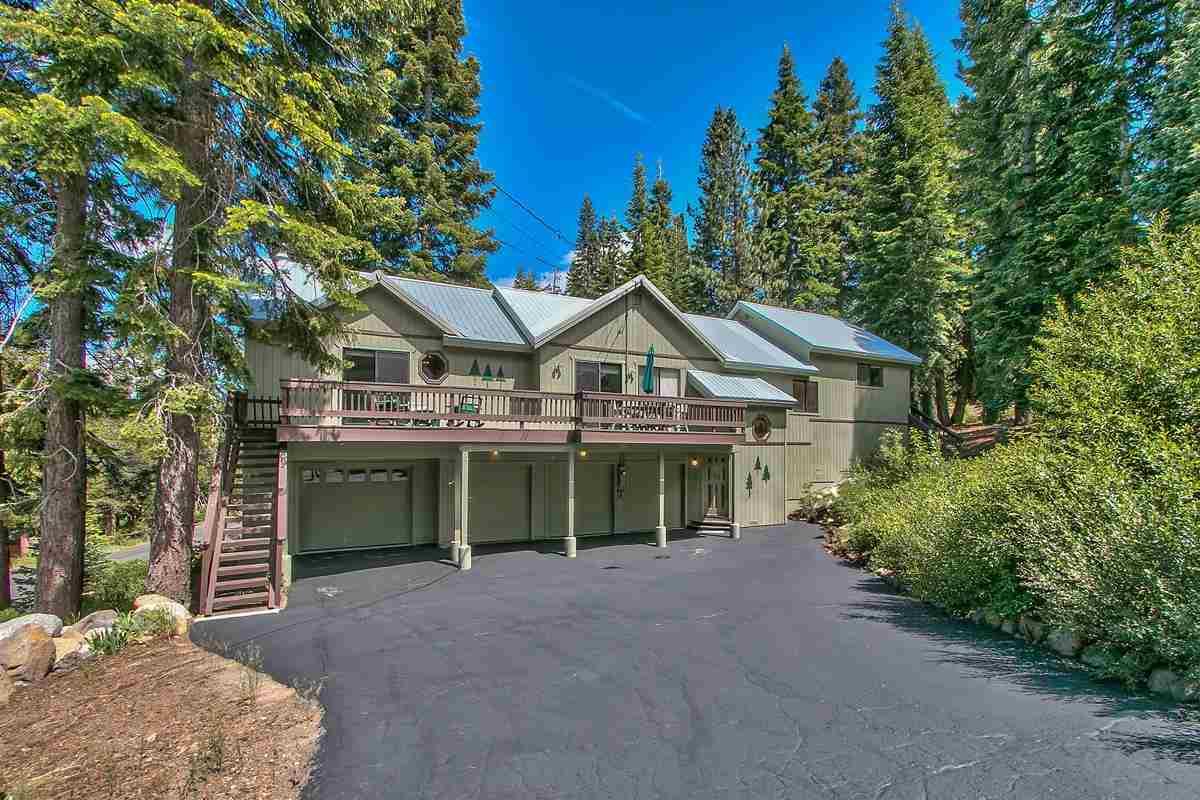 独户住宅 为 销售 在 12605 Skislope Way 12605 Skislope Way 特拉基, 加利福尼亚州 96161 美国