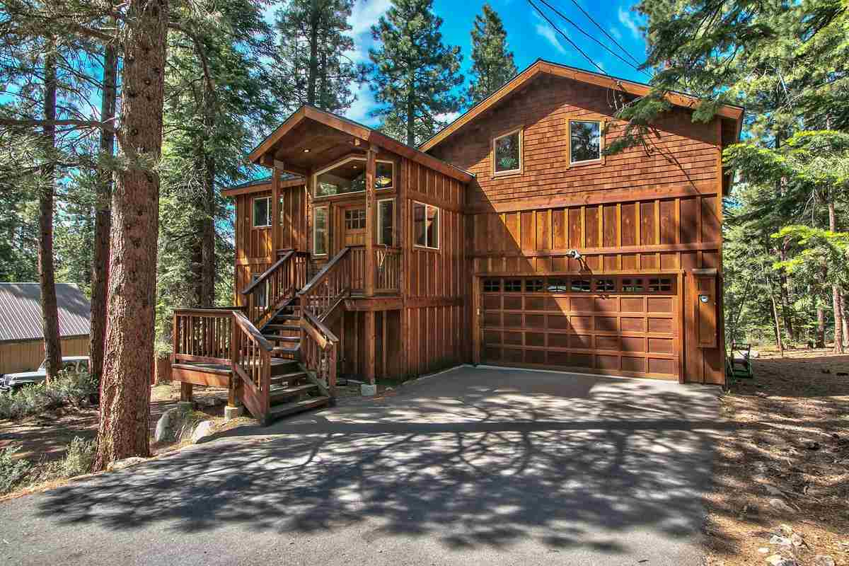 Casa Unifamiliar por un Venta en 15002 Royal Way Truckee, California 96161 Estados Unidos