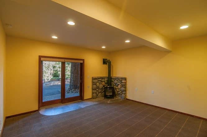 Additional photo for property listing at 17086 Glenshire Drive 17086 Glenshire Drive Truckee, California 96161 Estados Unidos
