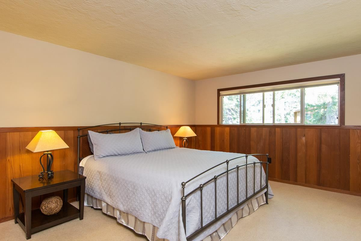 Additional photo for property listing at 160 Roundridge Road  Tahoe City, California 96145 United States