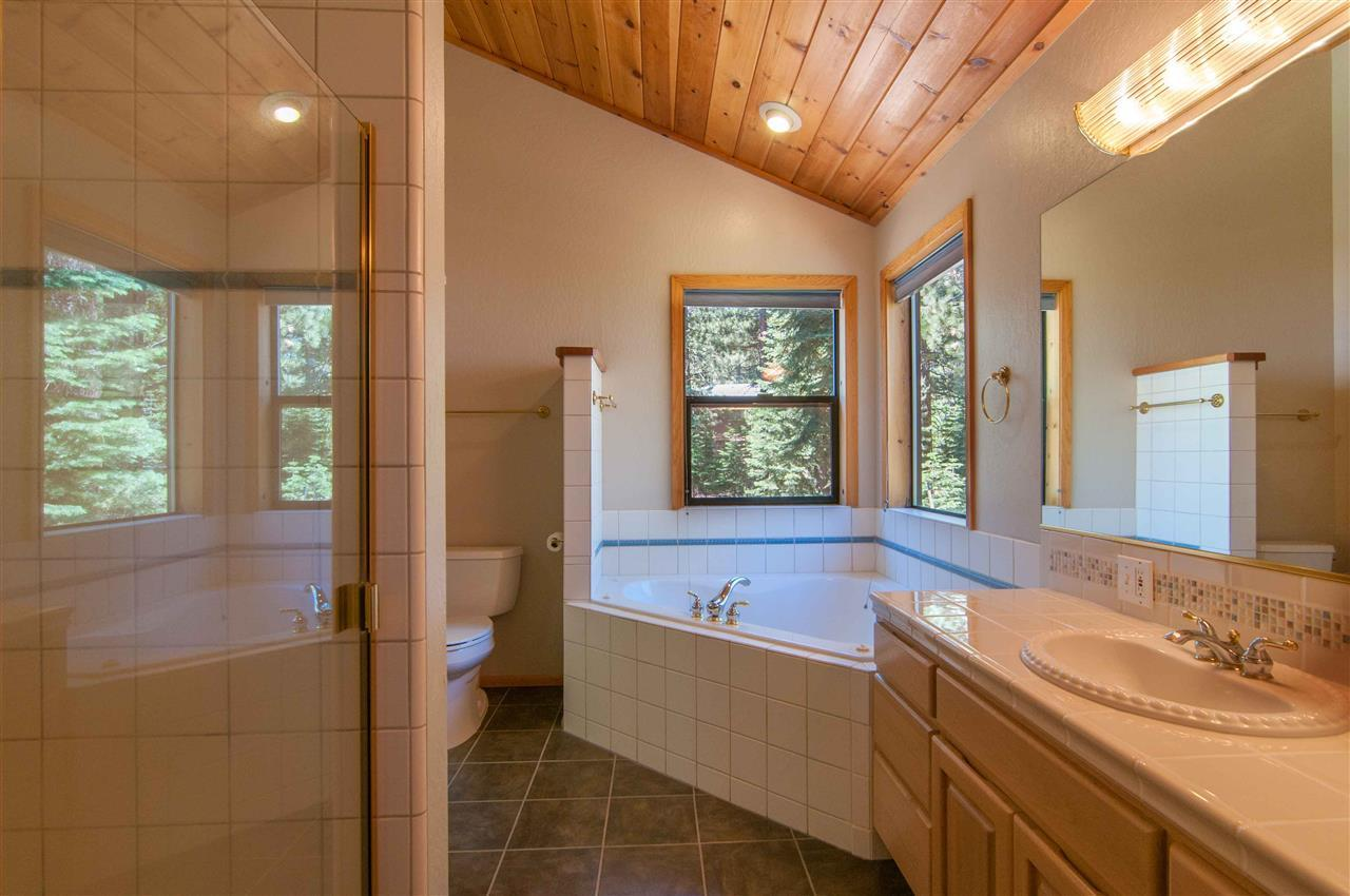 Additional photo for property listing at 14081 Gyrfalcon Street 14081 Gyrfalcon Street Truckee, California 96161 United States