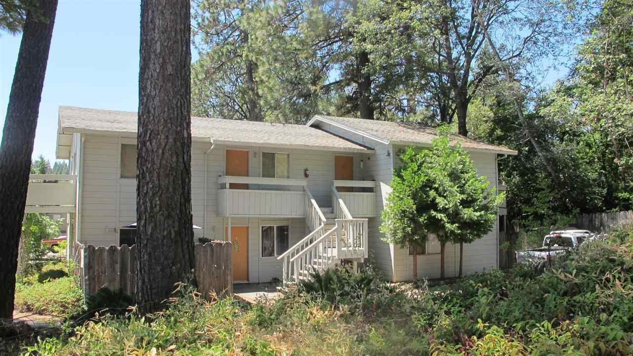 Casa Multifamiliar por un Venta en 326 Northstar Place Grass Valley, California 95945 Estados Unidos
