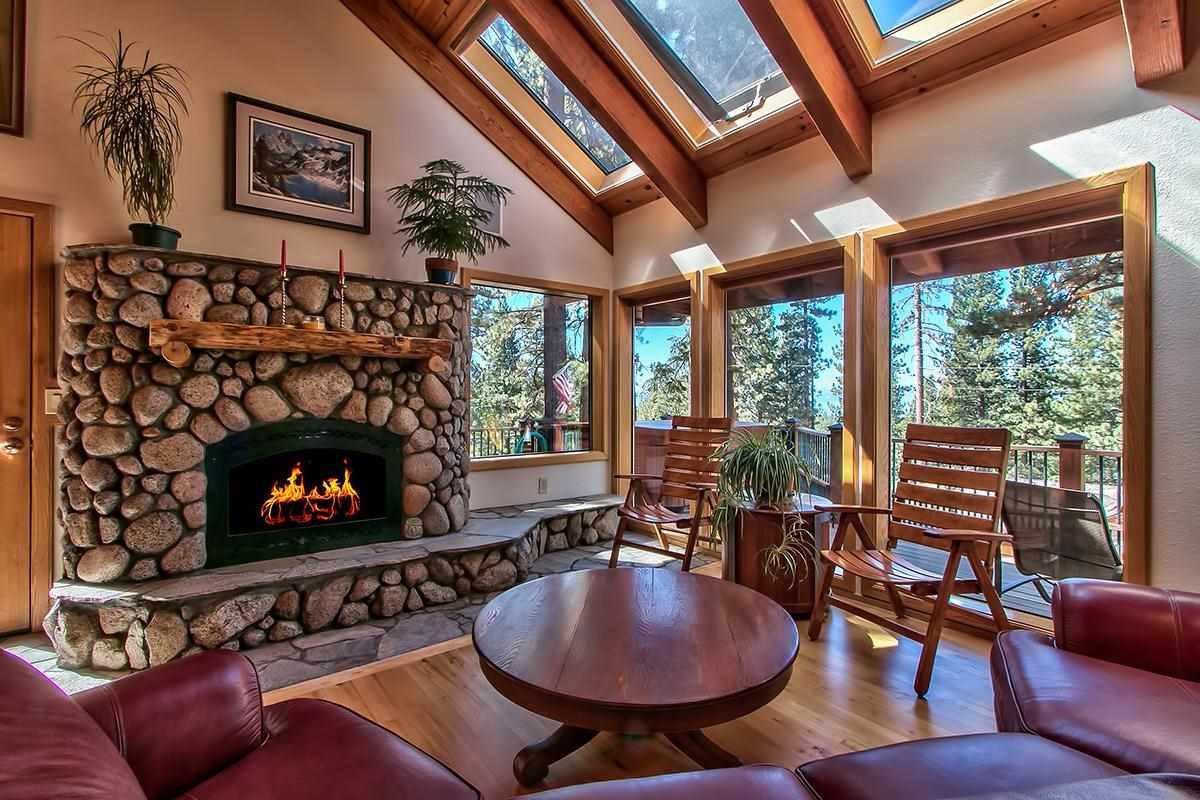 独户住宅 为 销售 在 382 Second Tee Incline Village, 内华达州 89451 美国