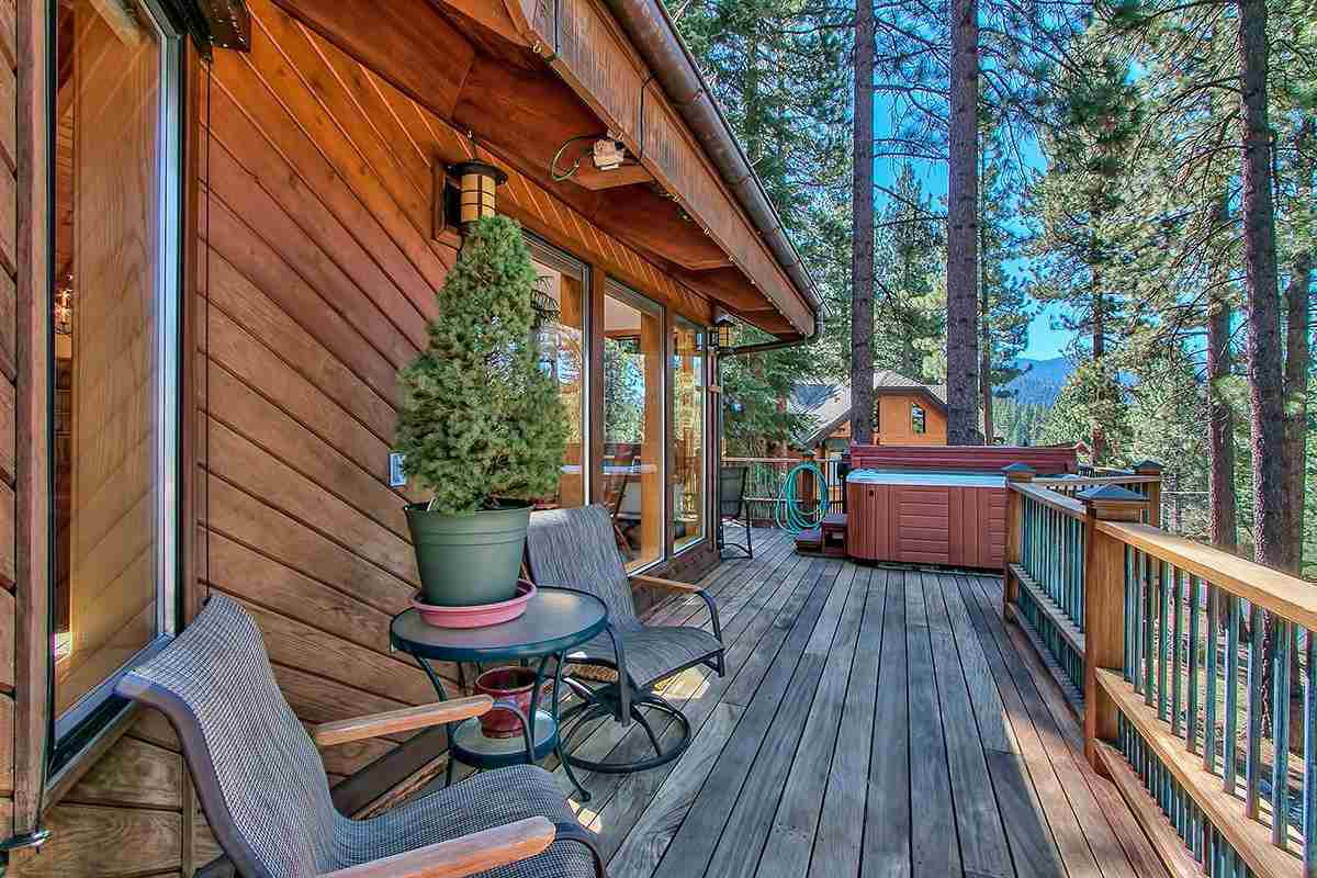 Additional photo for property listing at 382 Second Tee 382 Second Tee Incline Village, Nevada 89451 Estados Unidos