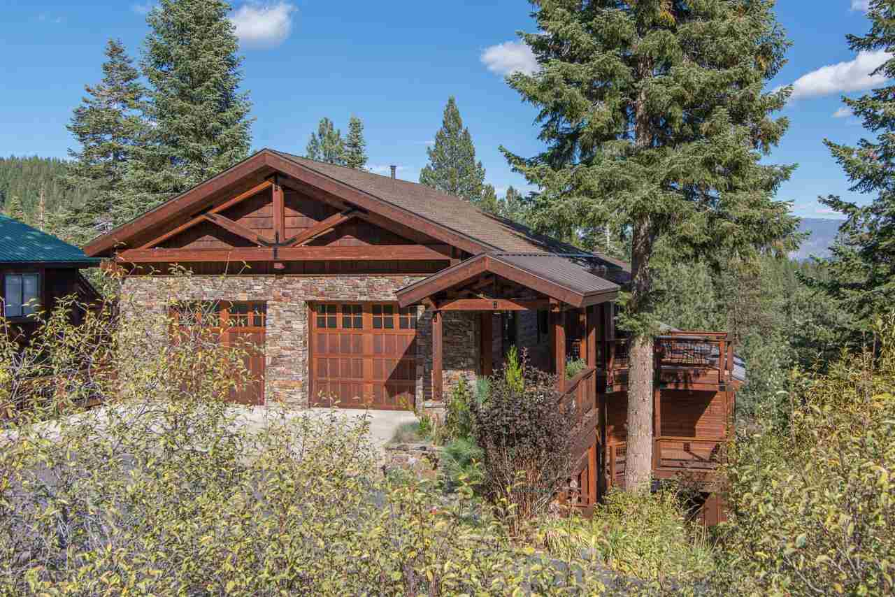 Single Family Home for Active at 10880 Mougle Lane 10880 Mougle Lane Truckee, California 96161 United States