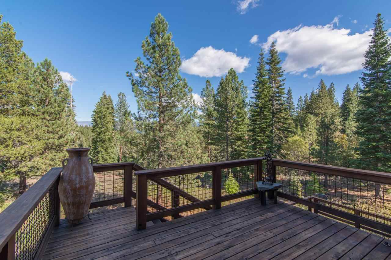 Additional photo for property listing at 10880 Mougle Lane 10880 Mougle Lane Truckee, California 96161 United States