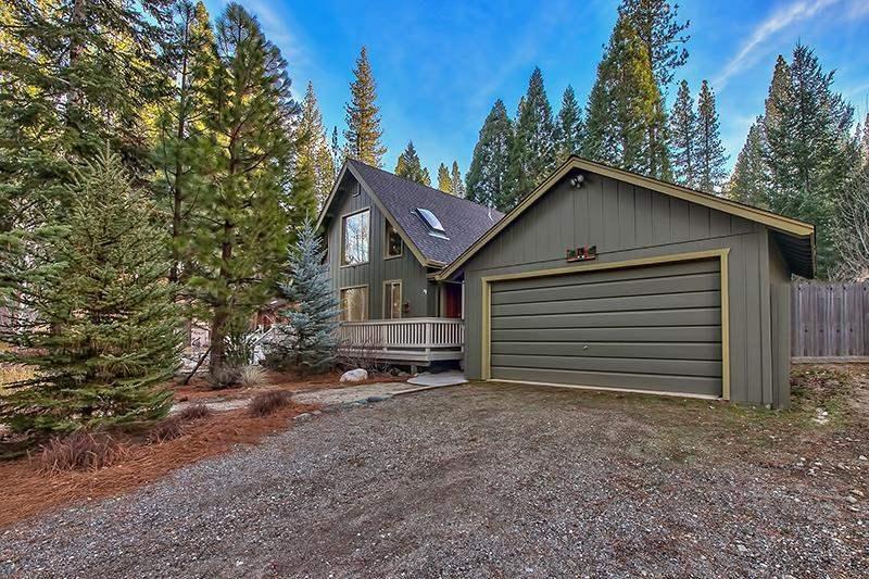 Single Family Home for Active at 15 Navajo Trail 15 Navajo Trail Graeagle, California 96103 United States