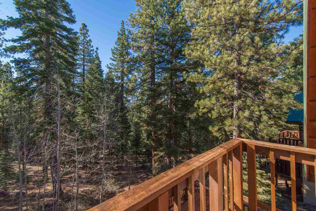 Additional photo for property listing at 11773 Sitzmark Way 11773 Sitzmark Way Truckee, California 96161 United States