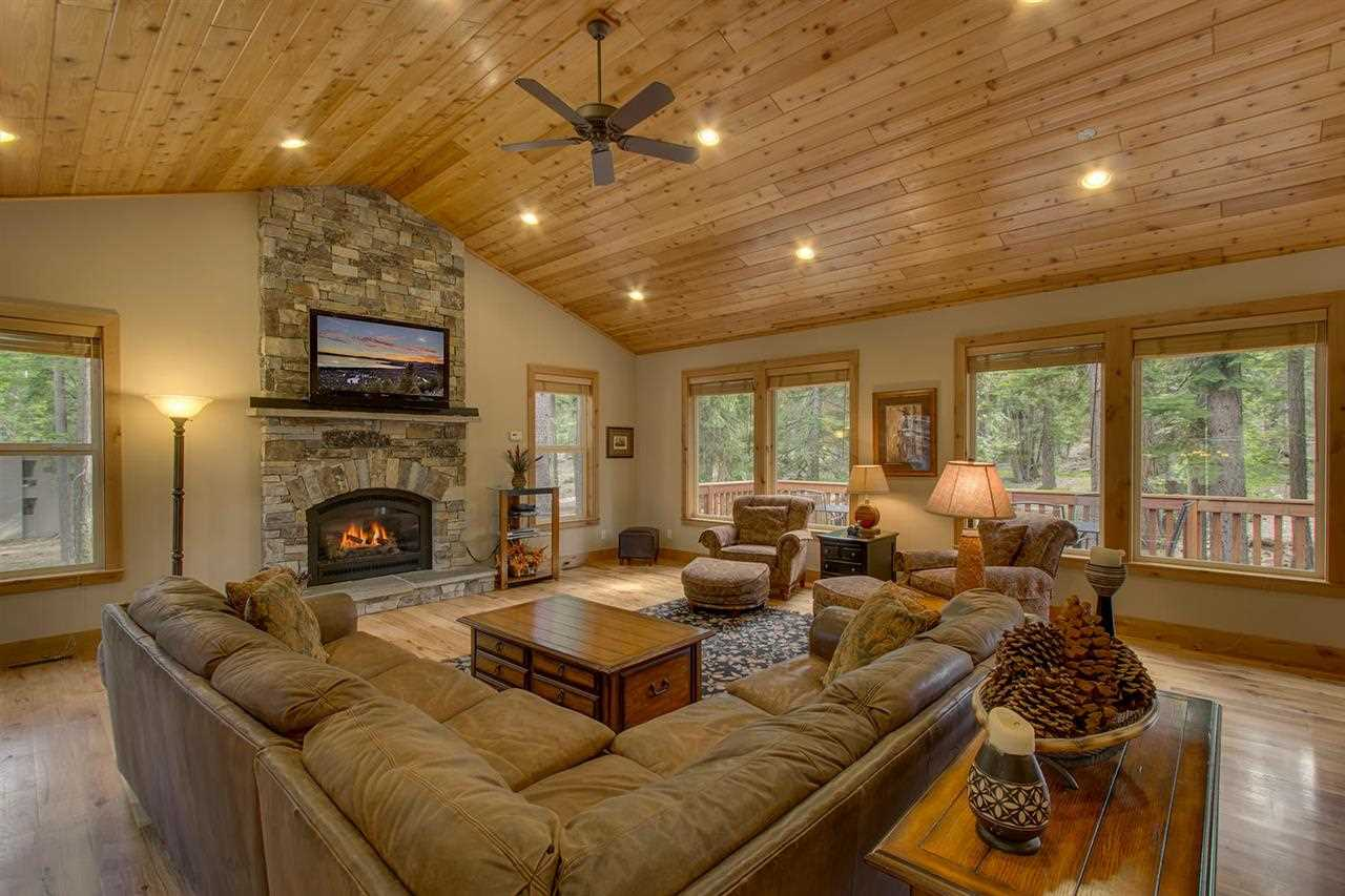 Additional photo for property listing at 850 Holly Road  Tahoe City, California 96145 Estados Unidos