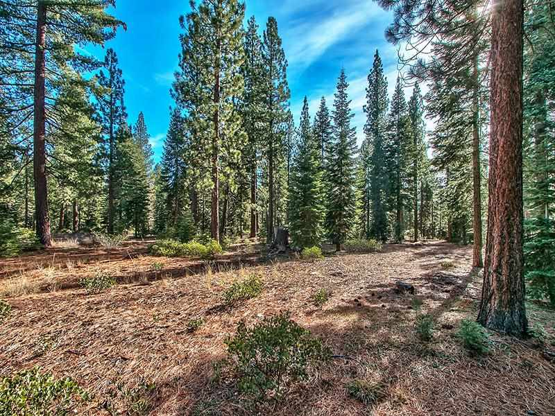 Additional photo for property listing at 10925 Almendral Court 10925 Almendral Court Truckee, California 96161 Estados Unidos