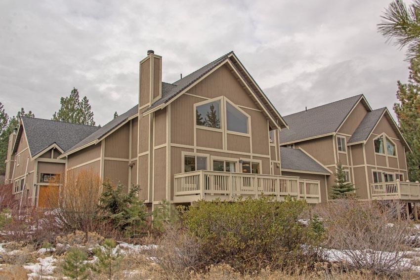公寓 / 联排别墅 为 销售 在 16752 Skislope Way 16752 Skislope Way 特拉基, 加利福尼亚州 96161 美国
