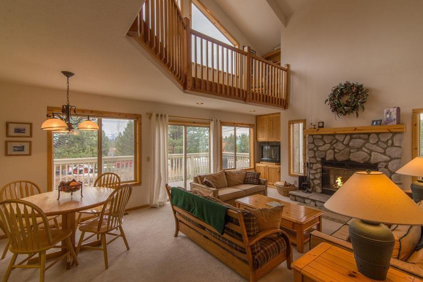 Additional photo for property listing at 16752 Skislope Way 16752 Skislope Way 特拉基, 加利福尼亚州 96161 美国