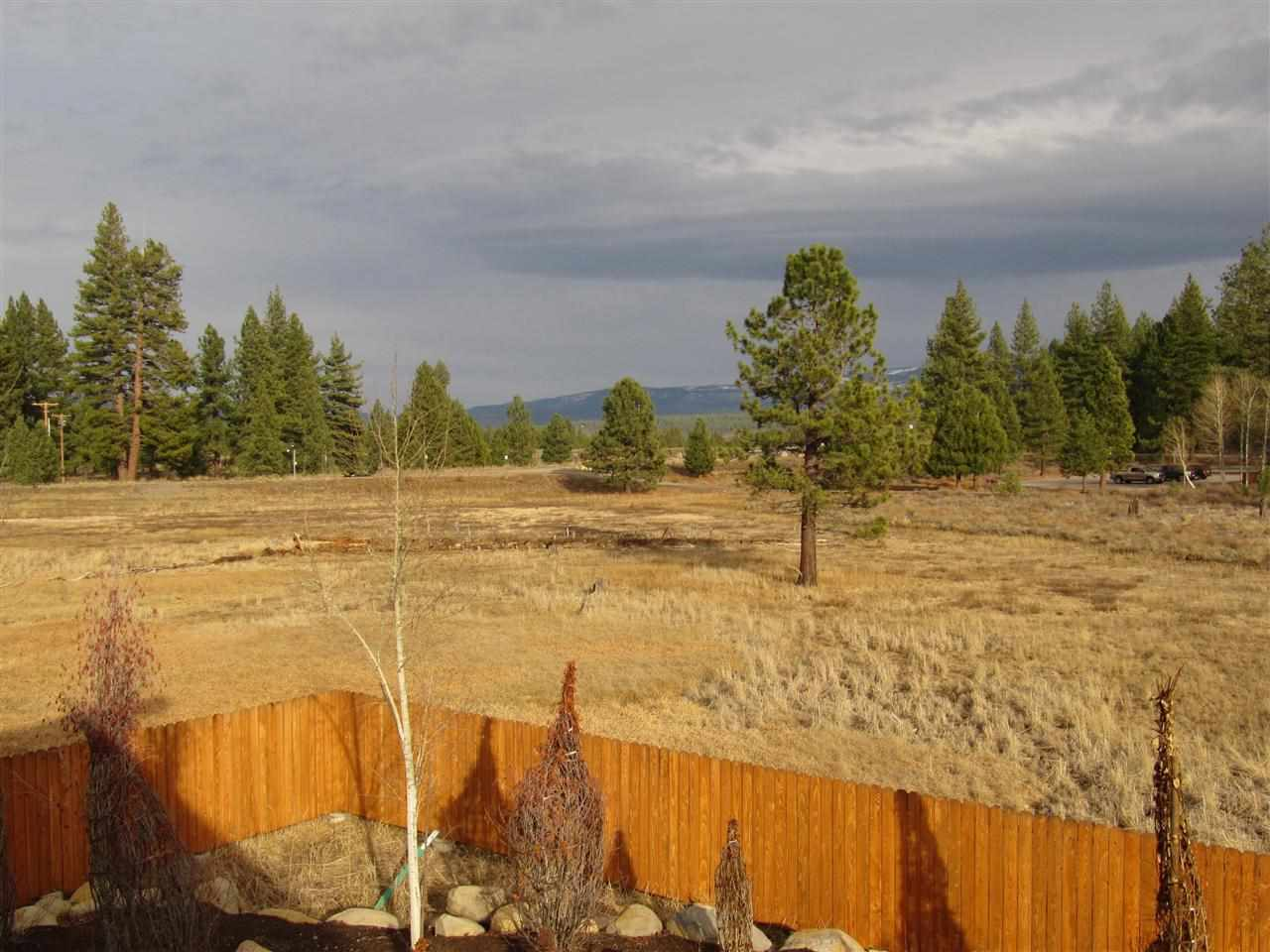 Additional photo for property listing at 10111 Columbine Road  Truckee, California 96161 Estados Unidos
