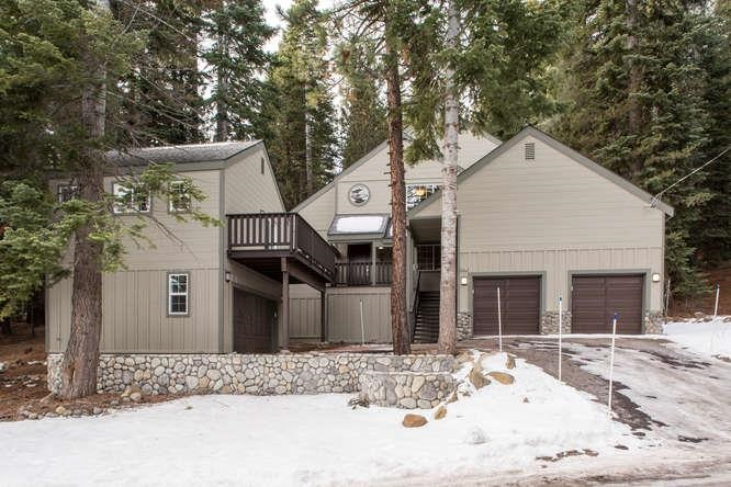 Single Family Home for Active at 13477 Pathway Avenue Truckee, California 96161 United States