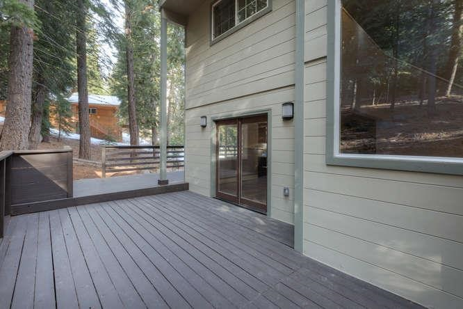 Additional photo for property listing at 13477 Pathway Avenue  Truckee, California 96161 United States