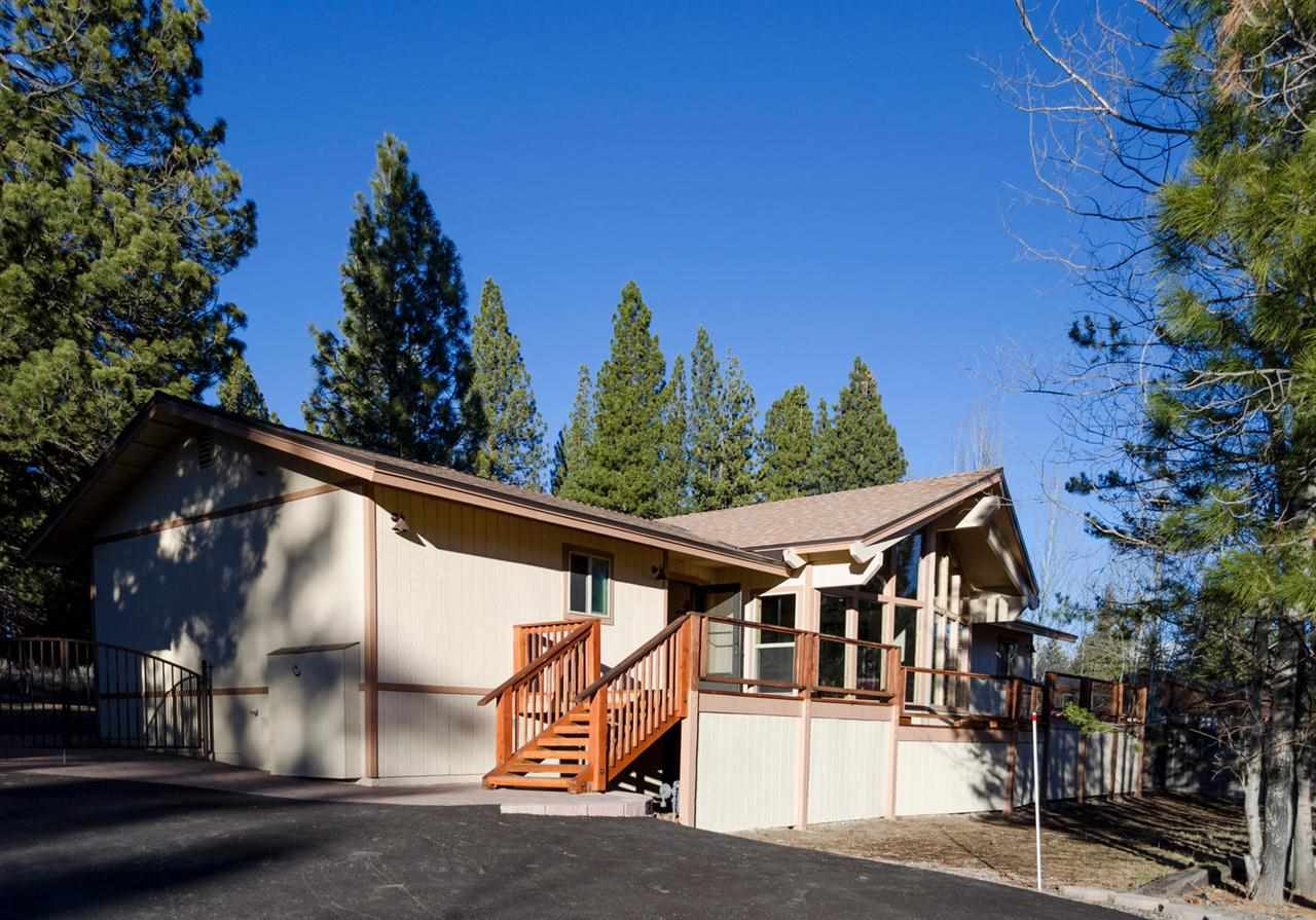 Single Family Home for Active at 14882 Glenshire Drive 14882 Glenshire Drive Truckee, California 96161 United States