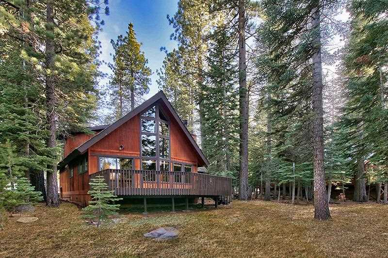 Single Family Home for Active at 14052 Ramshorn Street 14052 Ramshorn Street Truckee, California 96161 United States