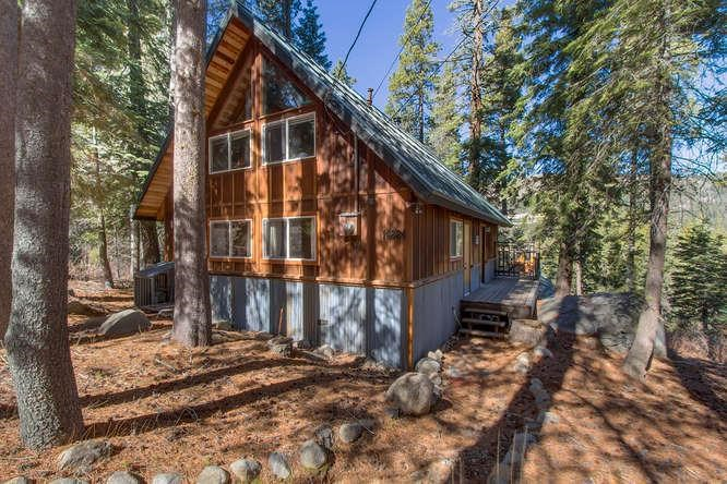 Single Family Home for Active at 14824 Mt Judah Drive Truckee, California 96160 United States