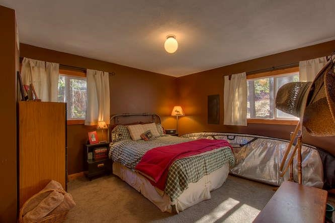 Additional photo for property listing at 14824 Mt Judah Drive  Truckee, California 96160 Estados Unidos