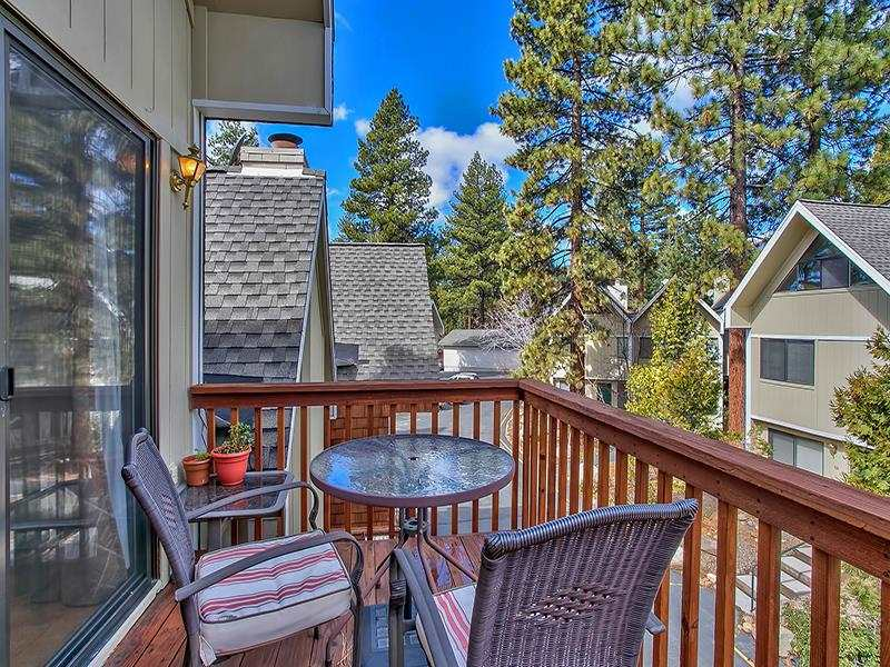 Additional photo for property listing at 989 Tahoe Boulevard  Incline Village, Nevada 89451 Estados Unidos