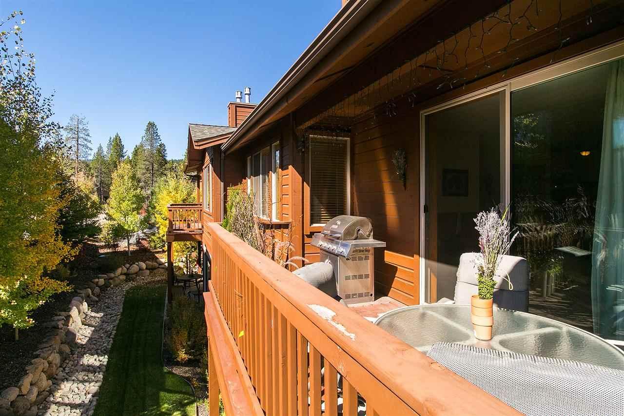 公寓 / 联排别墅 为 销售 在 10844 Cinnabar Way 10844 Cinnabar Way 特拉基, 加利福尼亚州 96161 美国