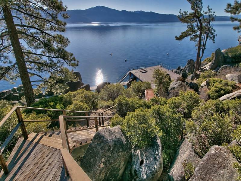 Additional photo for property listing at 220 North Lake Boulevard 220 North Lake Boulevard Incline Village, Nevada 89402 United States