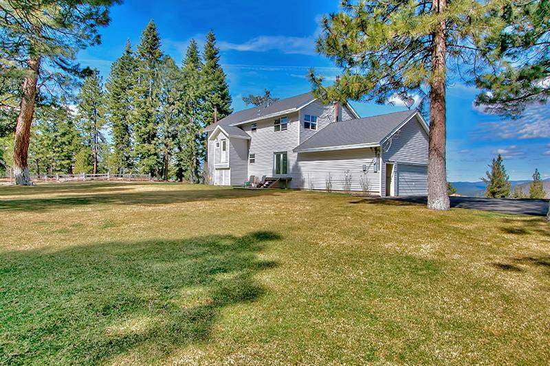 Single Family Home for Active at 11164 The Strand 11164 The Strand Truckee, California 96161 United States
