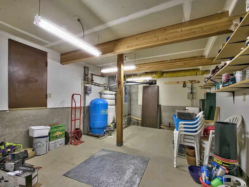 Additional photo for property listing at 8060 Buckbrush Drive  波托拉, 加利福尼亚州 96122 美国