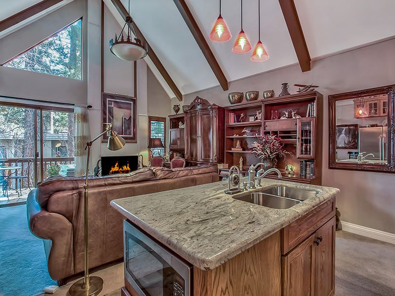 Additional photo for property listing at 989 Tahoe Boulevard  Incline Village, Nevada 89451 United States