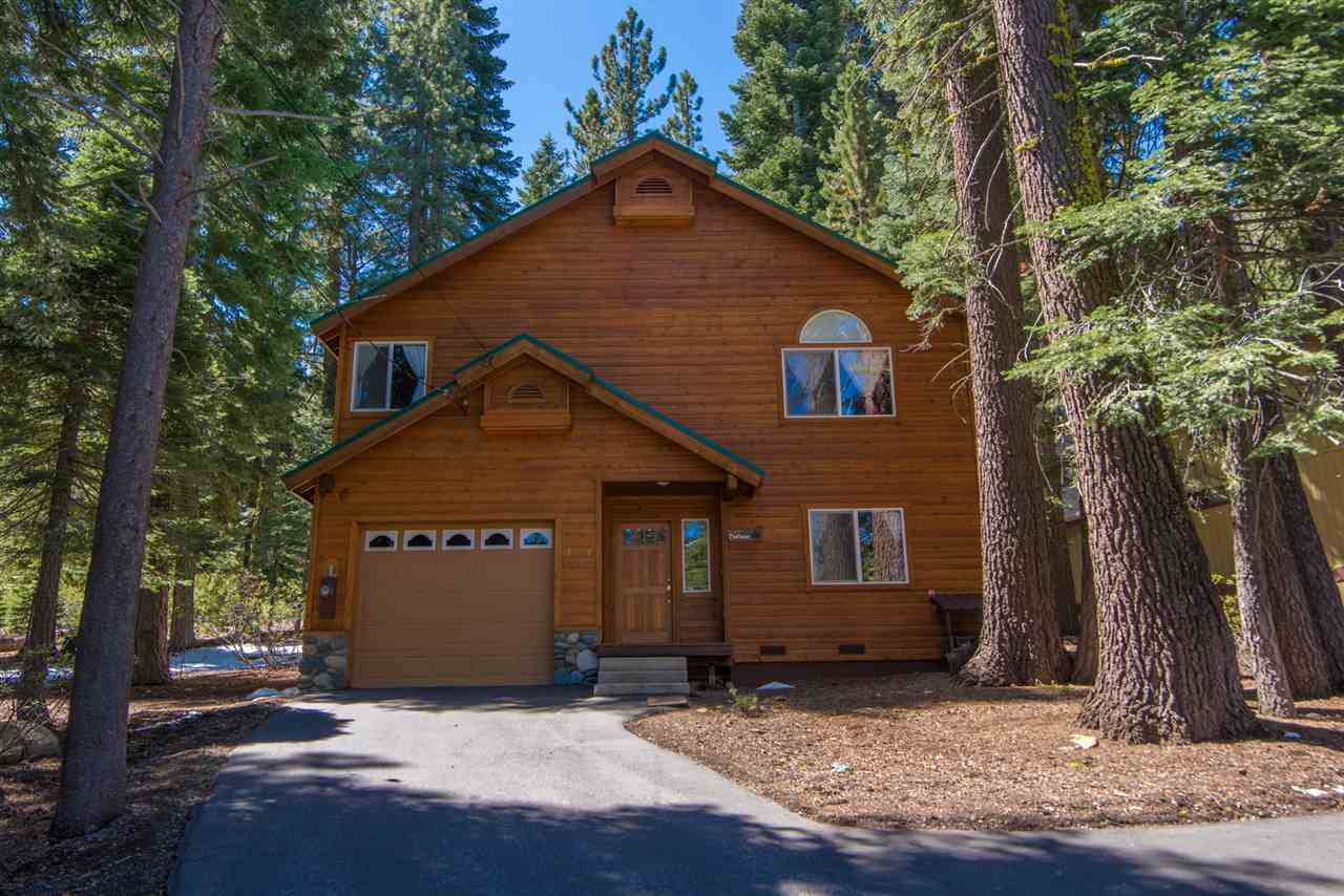 Single Family Home for Active at 14341 Copenhagen Drive Truckee, California 96161 United States