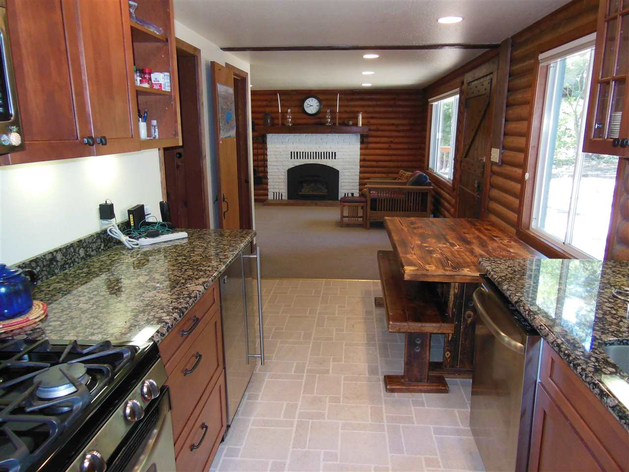 Additional photo for property listing at 1195 Holly Road  Tahoe City, California 96145 United States