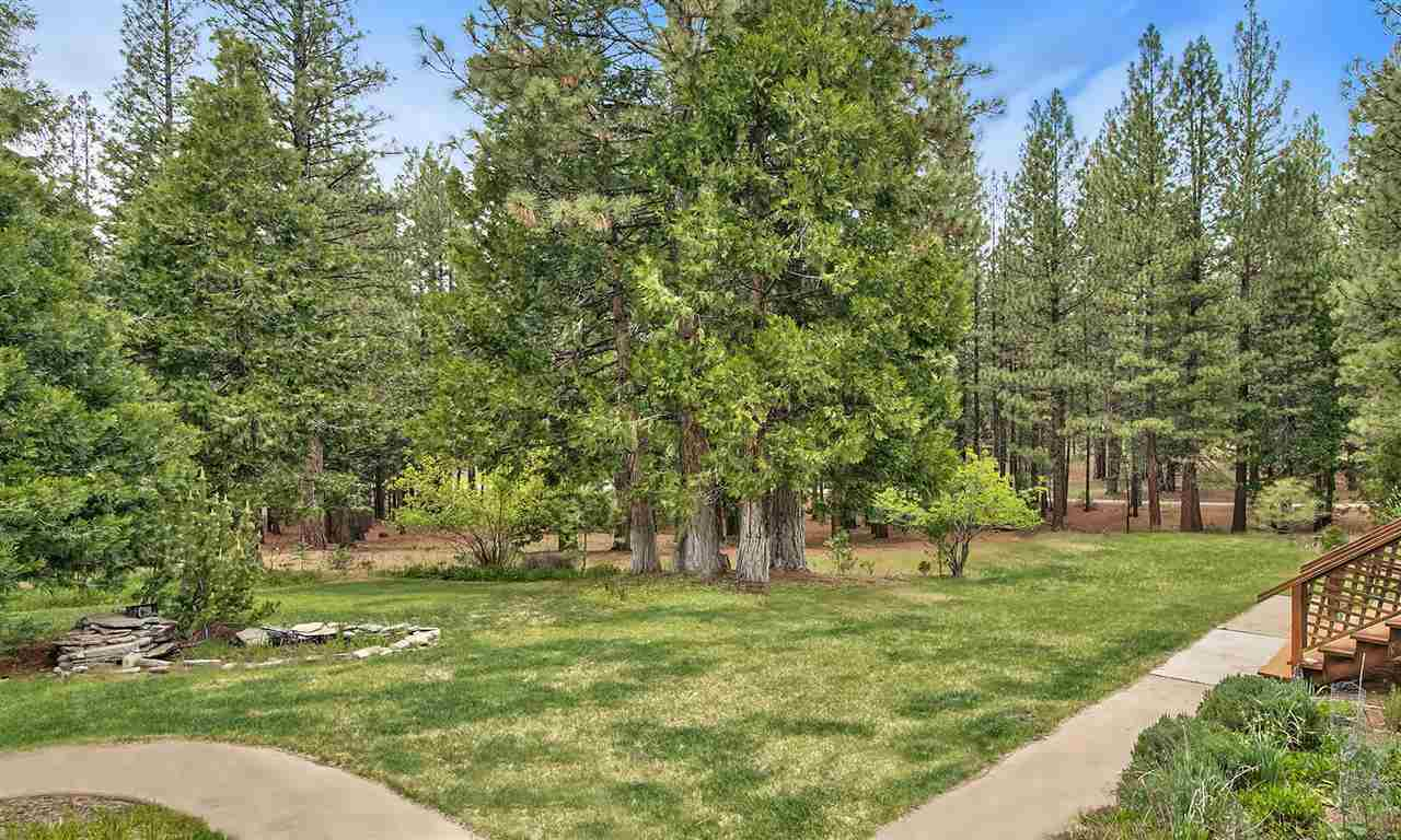 Additional photo for property listing at 680 C Road 680 C Road Clio, California 96106 Estados Unidos
