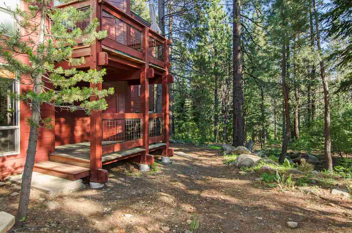 Additional photo for property listing at 12800 Northwoods Boulevard  Truckee, California 96161 United States