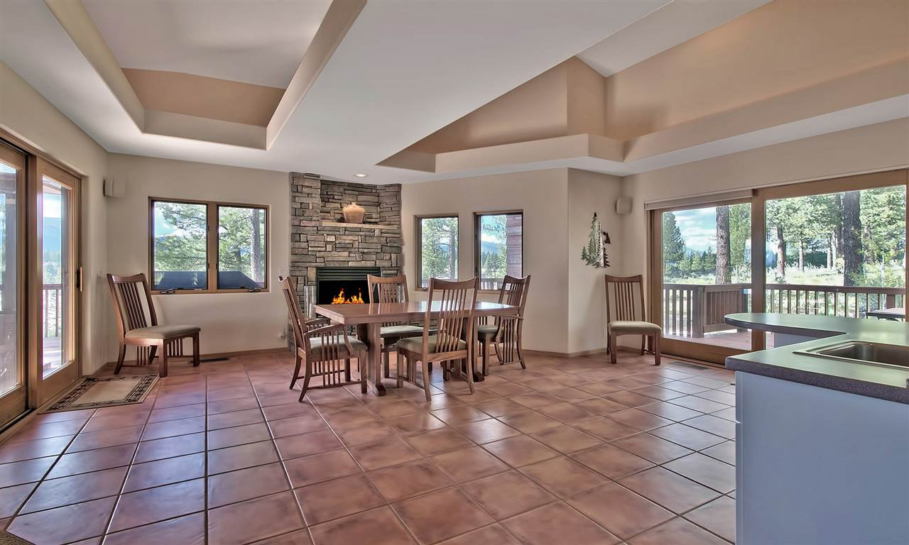 Additional photo for property listing at 196 Falling Water 196 Falling Water Portola, California 96122 Estados Unidos