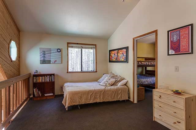 Additional photo for property listing at 11750 Chapelle Place  Truckee, California 96161 United States