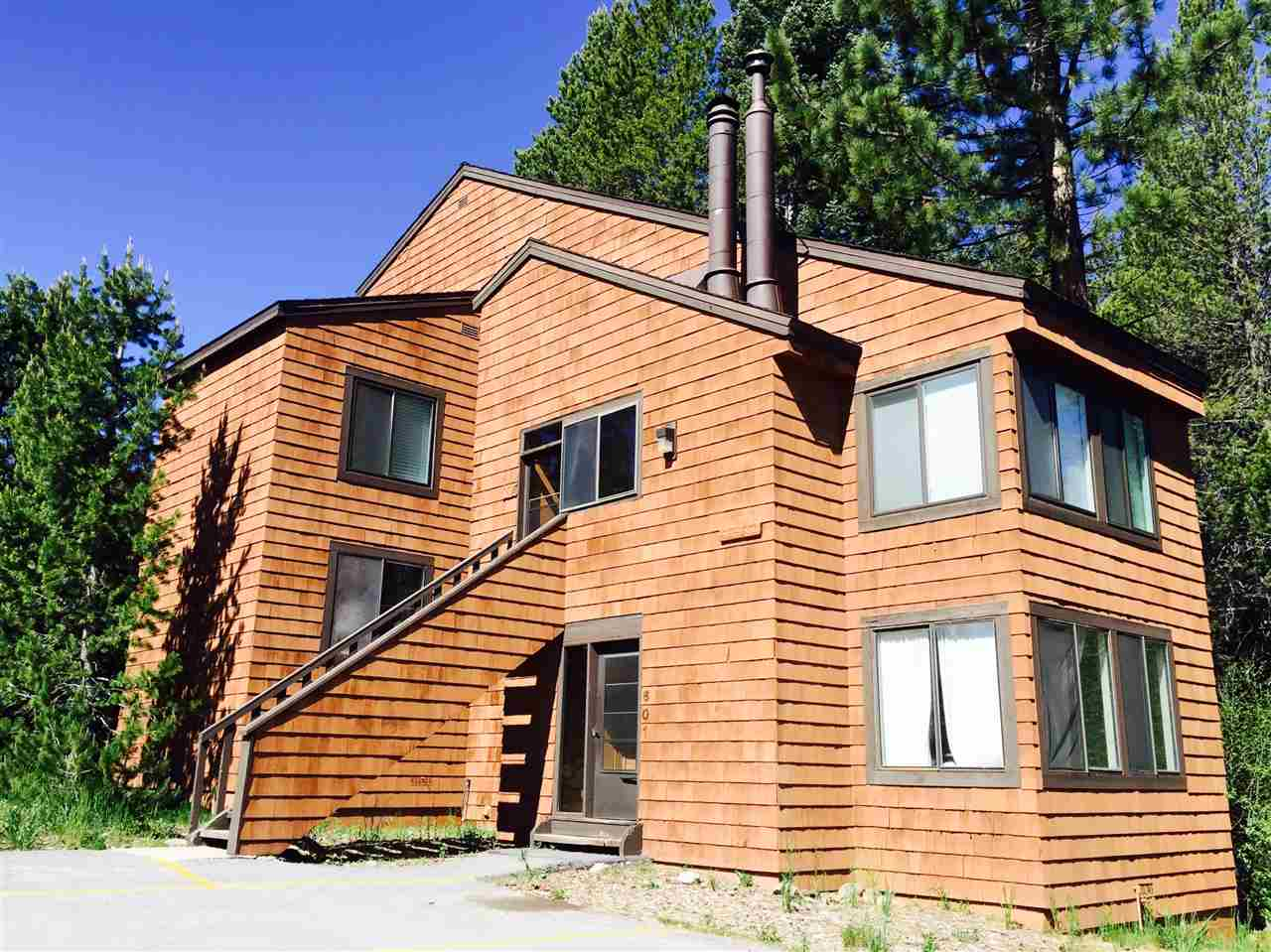 Condo / Townhouse for Active at 11511 Snowpeak Way 11511 Snowpeak Way Truckee, California 96161 United States