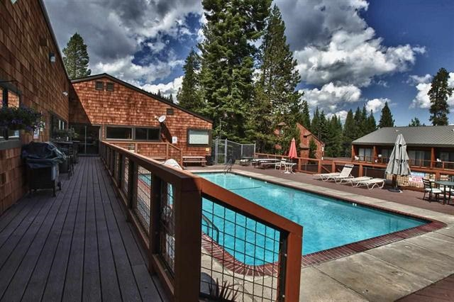 Additional photo for property listing at 11511 Snowpeak Way 11511 Snowpeak Way Truckee, California 96161 United States