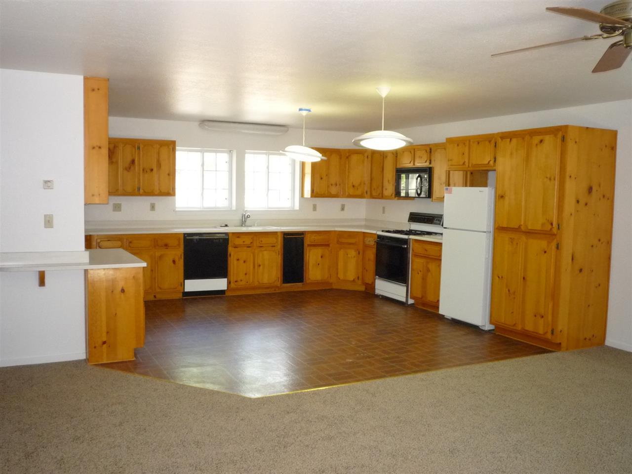 Additional photo for property listing at 708 Yeargin Drive 708 Yeargin Drive Portola, California 96122 Estados Unidos