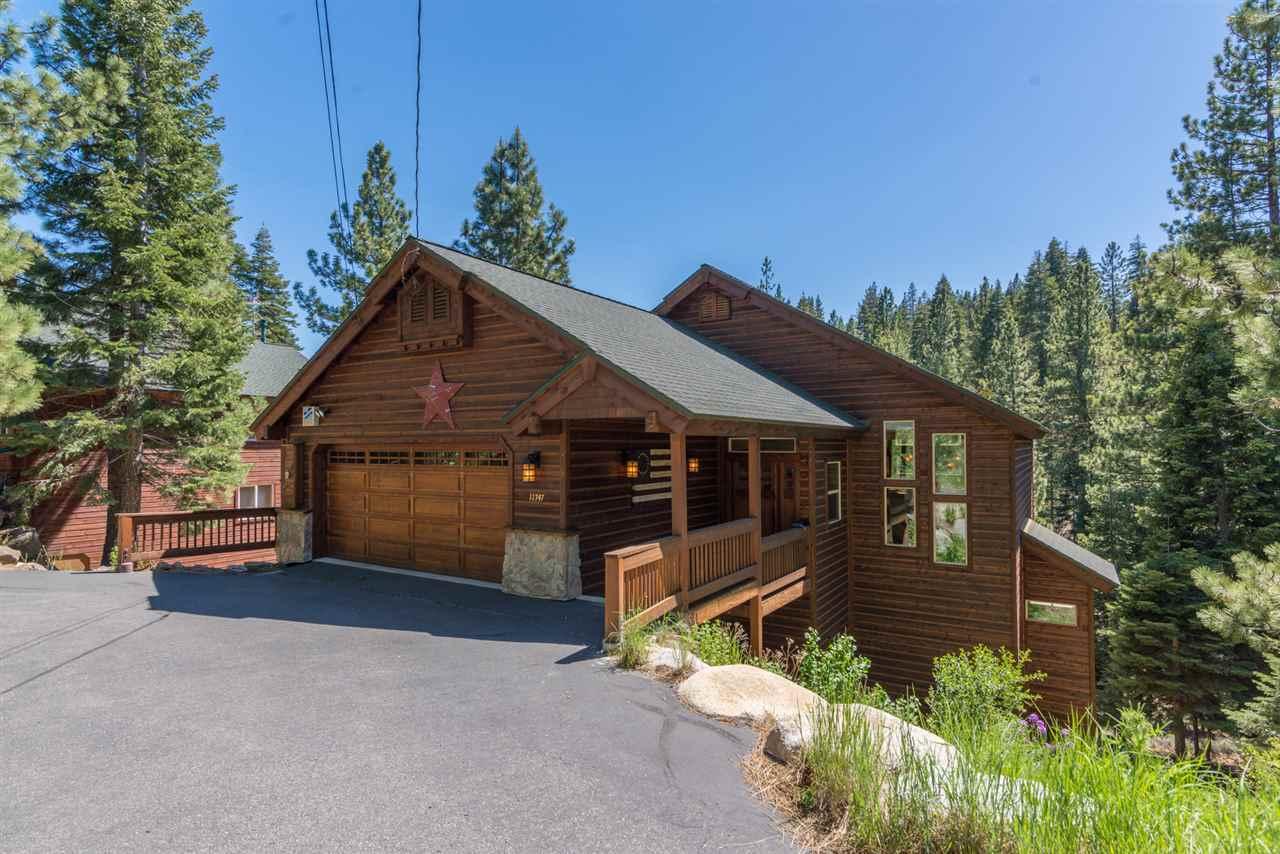 Casa Unifamiliar por un Venta en 11747 Kitzbuhel Road 11747 Kitzbuhel Road Truckee, California 96161 Estados Unidos